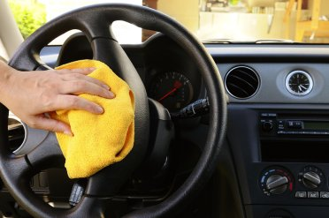 Wiping steering of a car